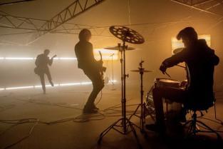"""Бі-2 презентували нове відео на пісню """"Блеф""""(відео)"""