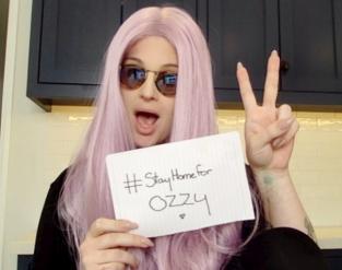 Минулого тижня дочка Озі Келлі Осборн розпочала кампанію #StayHomeForOzzy