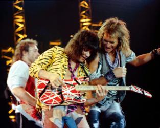 Van Halen відклали гастролі через хворобу гітариста