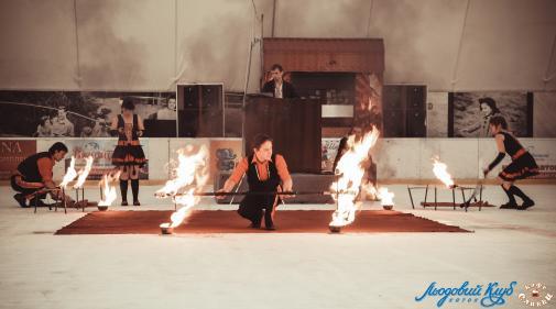 """Театр вогню """"ДоЗарі"""""""